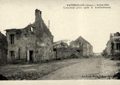 L'ancienne poste après le bombardement - Juillet 1918